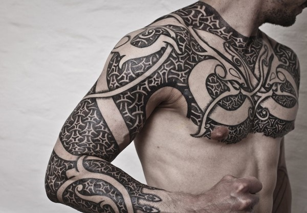 150 Powerful Polynesian Tribal Tattoos With Meanings To Wear As