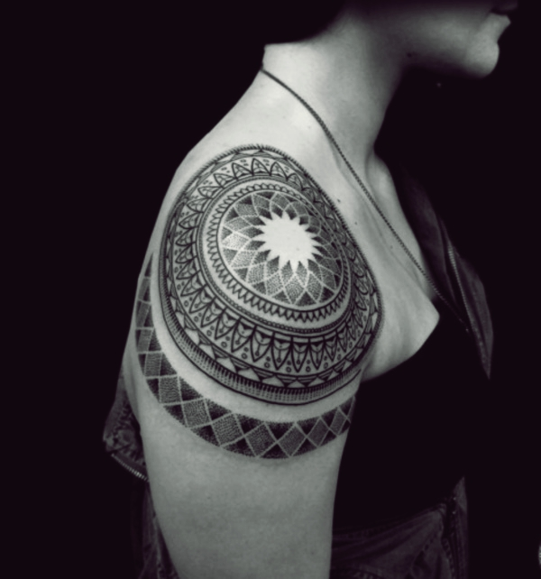 80 Great Shoulder Tattoos For Men And Women To Try
