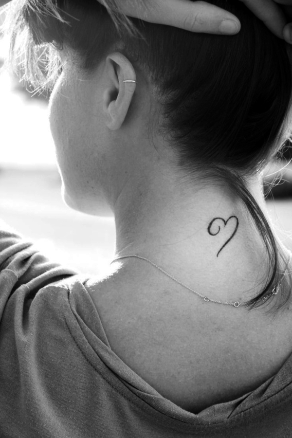 185 Meaningful And Small Heart Tattoo Designs For Girls
