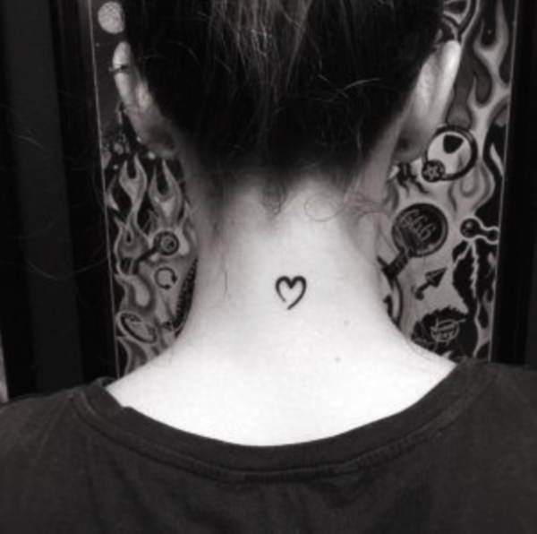 185+ Meaningful And Small Heart Tattoo Designs For Girls