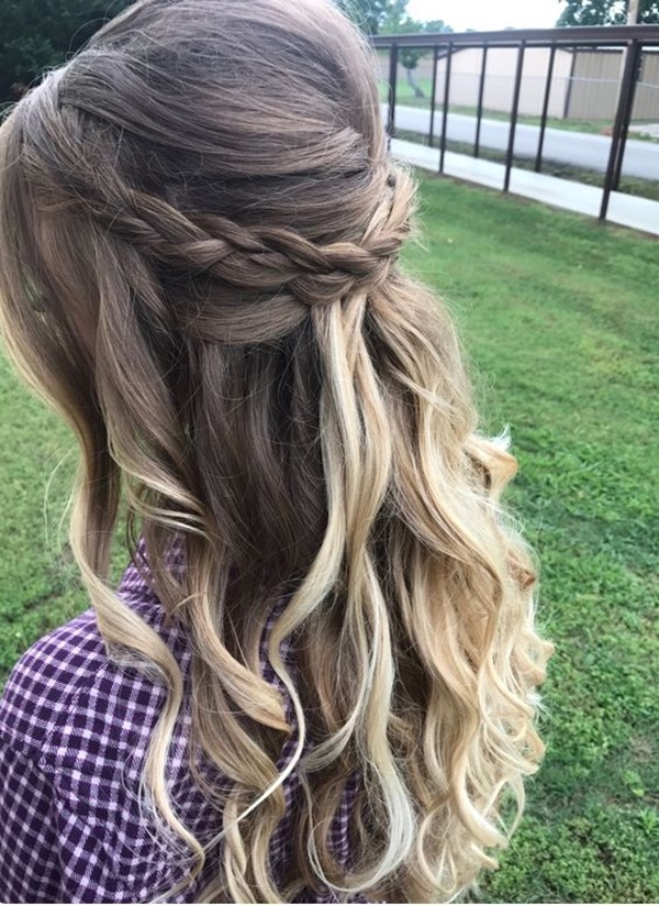 125 Prom Hairstyles for a Queenly Vibe